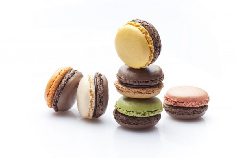 Tipiak Chocolate Macarons Collection